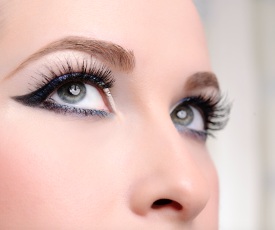 Dangers of Fake Eyelashes